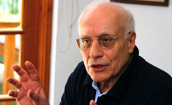 Helmut Dahmer